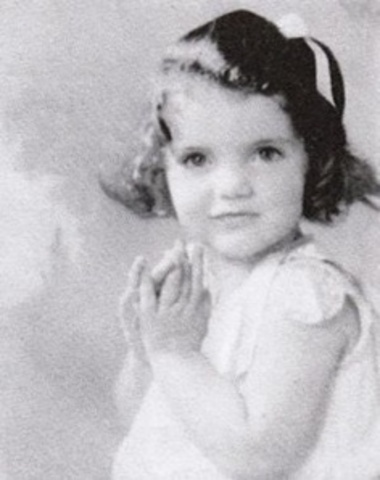 Jacqueline Lee Bouvier was born