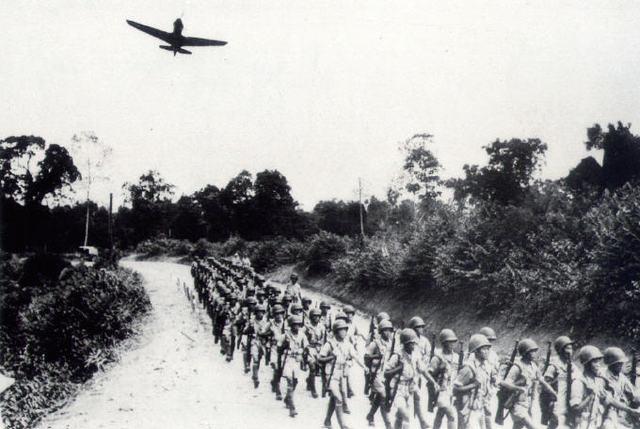 Japan declares war on Germany