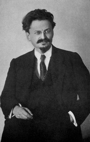 Trotsky flees Russia
