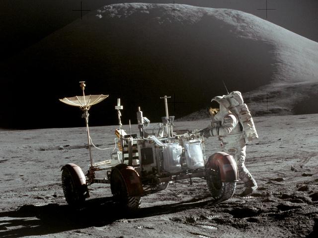 Apollo 15 Launch -- using a rover to explore the moon