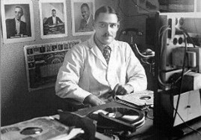 Georges De Caluwé start opnieuw met uitzenden met 'Radio Kerkske'