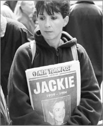 Jacqueline Lee Bouvier Kennedy Onassis Dies of  Non-Hodgkin's lymphoma