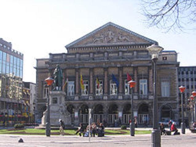 Lieja y Gante –Bélgica, títulos de licenciados en Orientación