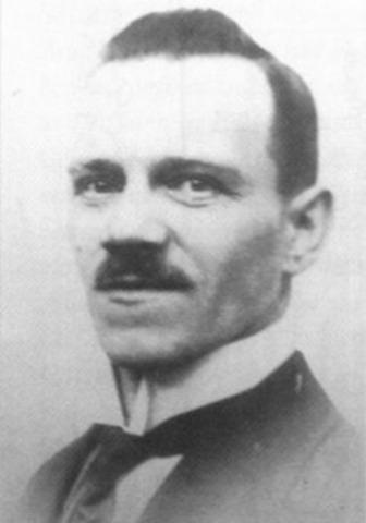 Alois Jr. Hitler Runs Away