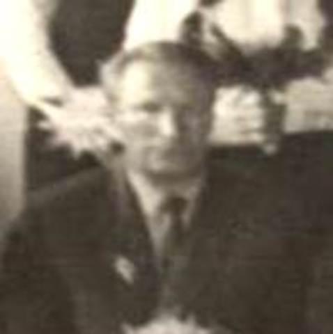 Тихомиров Иван Петрович  (1964-1965 г.г.)благоустройство школьной территории, спортивной площадки, закладка школьного сада,