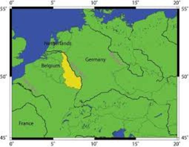 Germany moves into the Rhineland