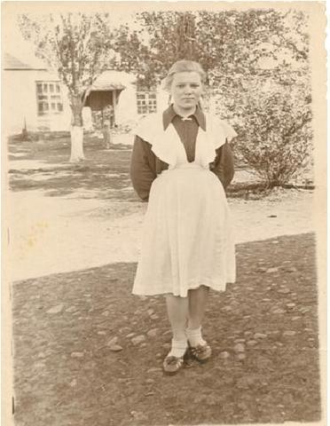 Бачинская (Вовчук) Нина Емельяновна, родилась 12 января 1941 года