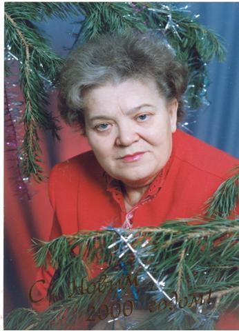 Нина Емельяновна всю жизнь посвятила педагогике.