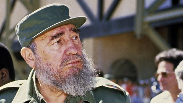 Fidel Castro becomes dictator of Cuba