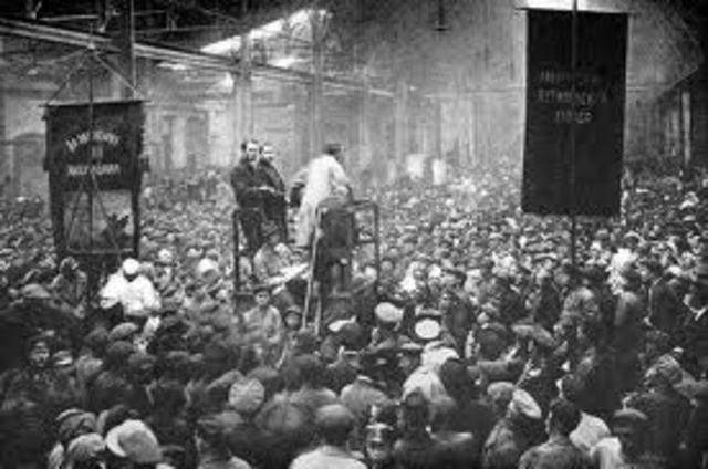 Bolsheviks capture Moscow