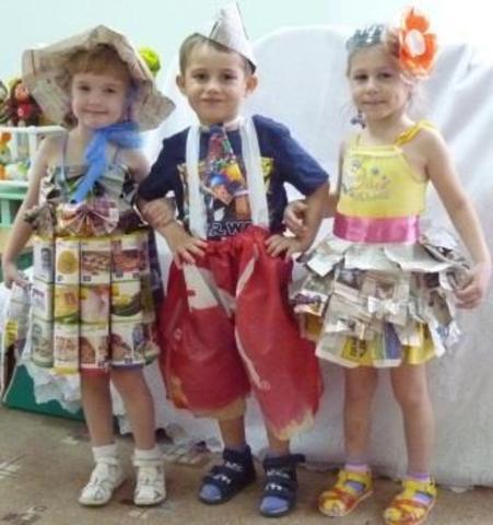 В группе Чебурашка прошел конкурс «Вторая жизнь»                на лучший костюм из  бросового материала.