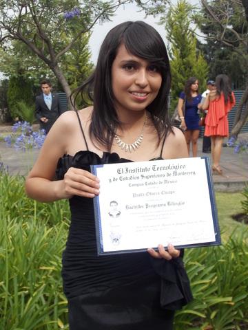 Graduación Prepa Tec, mención honorífica, diploma de desarrollo estudiantil