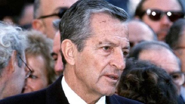Adolfo Suárez reelegido en Helsinki