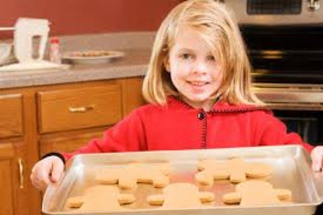 Cuando yo tenía nueve años, yo yo horneaba las galletas.