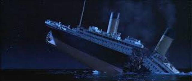 Titanic sinks; leads to Federal Radio Act of 1912