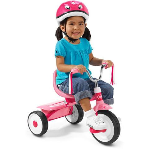 Cuando yo tenía cuarto años, yo me montaba en el triciclo, yo cargía un oso de peluche, y yo sabía el alfabeto.