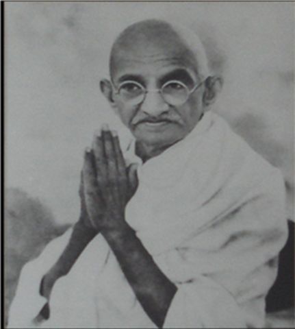 Gandhi rally to make peace