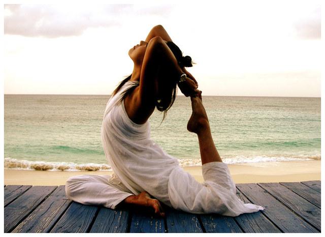 Cuando yo tenía quince años, yo iba a fiestas , yo hacía yoga, y yo practicaba manejar.