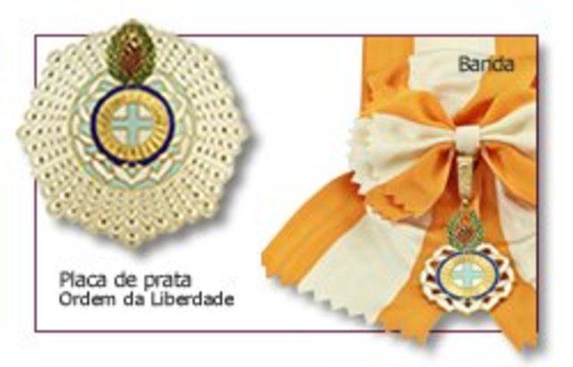 Recusa da condecoração com a Ordem da Liberdade