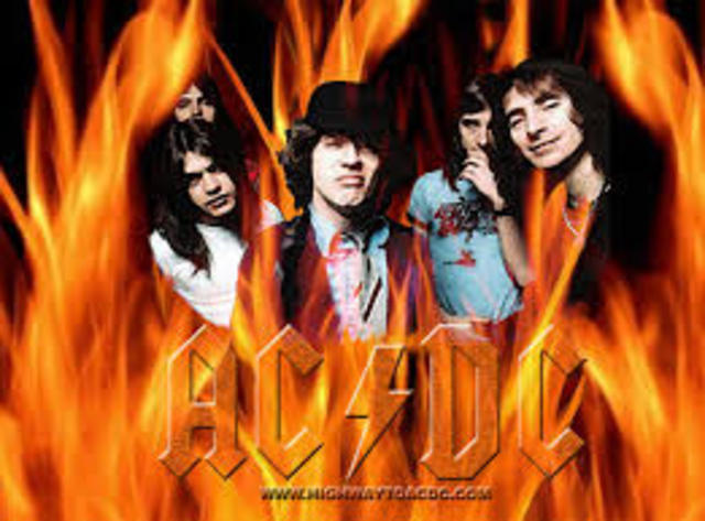 AC/DC ; HEAVY METAL