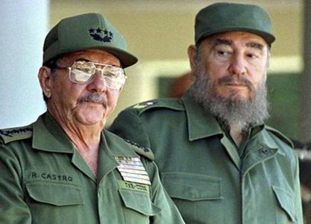 Castro, his brother Raúl attacks base
