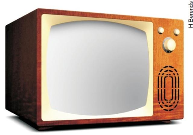 TV americana inicia transmissão de programas educativos.
