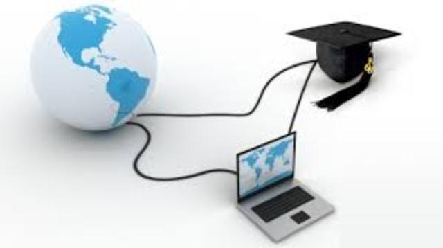 É implantada a rede Europeia deEducação a Distância