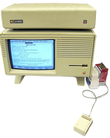 Apple Lisa 2 Comes Out