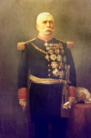 Porfirio Diaz becomes president of Mexico