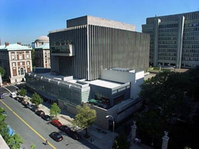 Enrolls into Columbia Law School