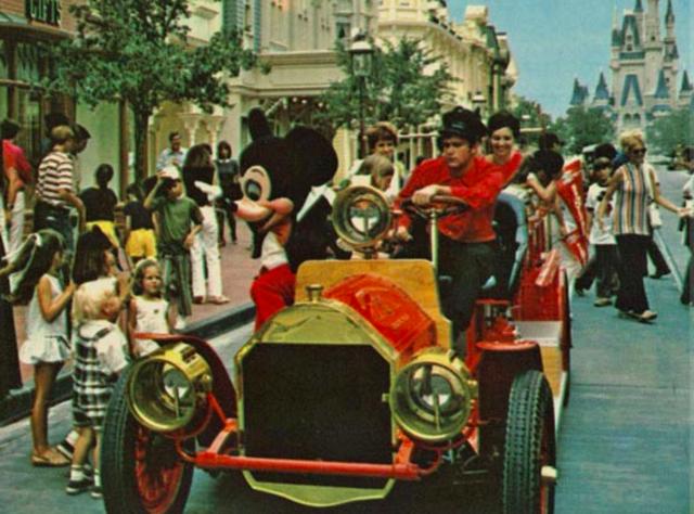 Walt Disney Begins Buying Land in Florida
