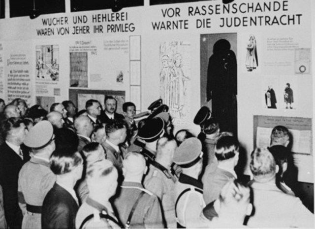 'Eternal Jew' travelling exhibition opens in Munich.