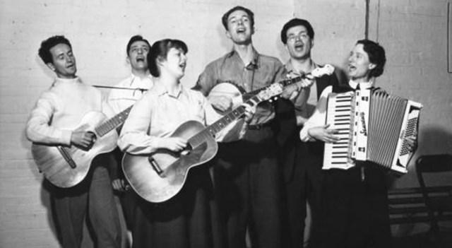 Pete Seeger forms the Almanac singers