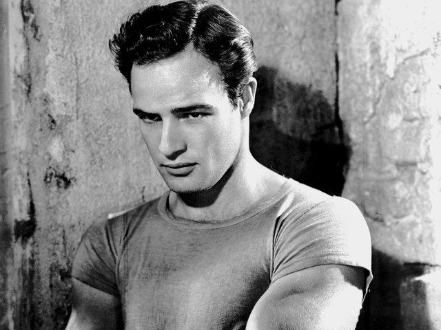 Marlon Brando and James Dean become cult icons