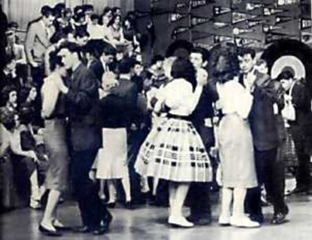 American Bandstand begins