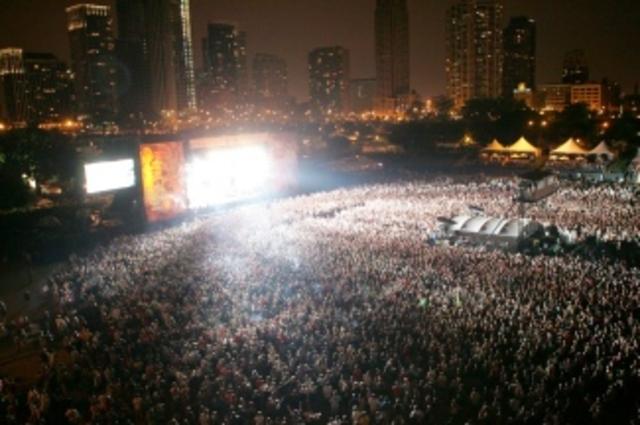 Rock concerts get bigger and more profitable