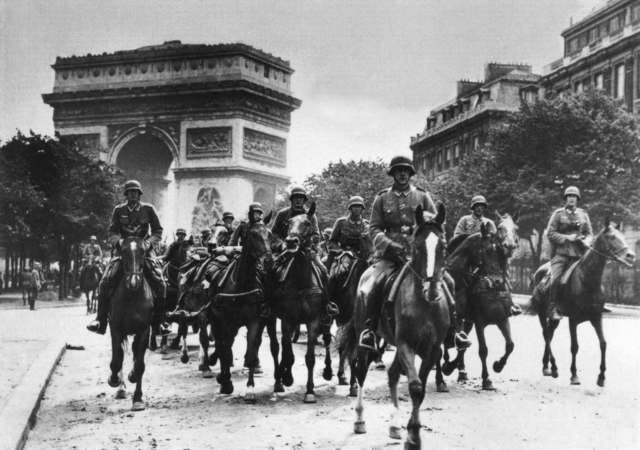 The German army enters Paris