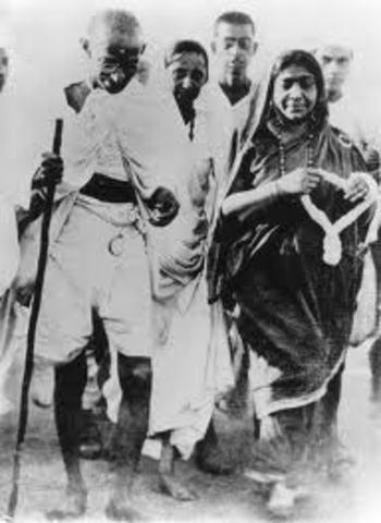 Gandhi Tours Around India