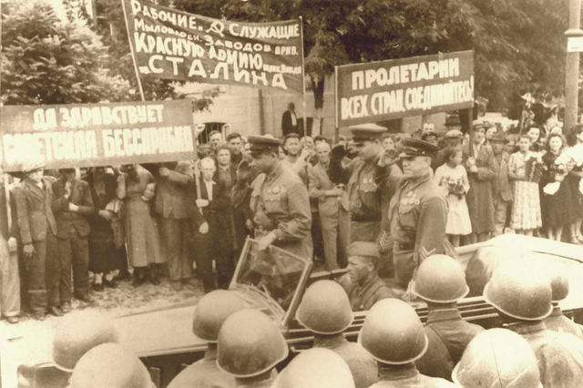 Soviet Union forces Romania to cede
