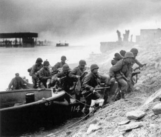 US troops cross the Rhine River at Remagen