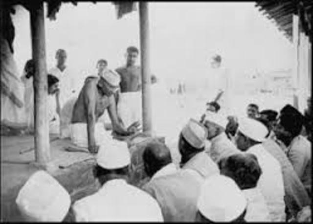 Gandhi visits colonies