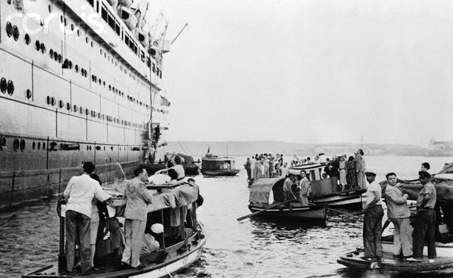 The St. Louis sets sail from Hamburg, Germany to Havana, Cuba