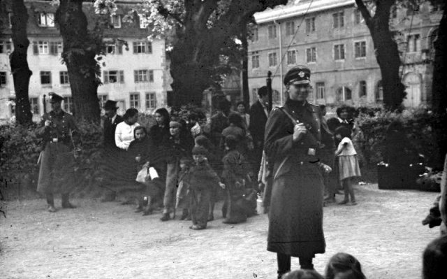 Heydrich orders the deportation of Jews, Poles, and Gypsies from German- occupied Poland.