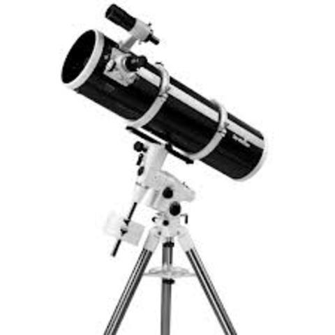 Telescopio reflector por Isacc Newton