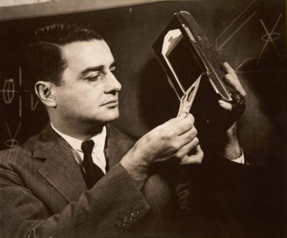 Cámara Polaroid invención de Edwin Herbert