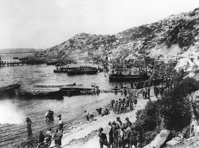 Allied soliders landed at Gallipoli