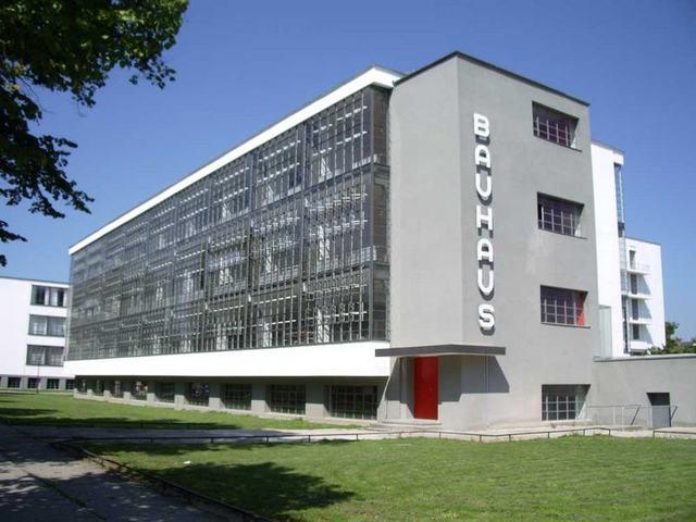 Edificio de la Bauhaus en Dessau, Walter Gropius