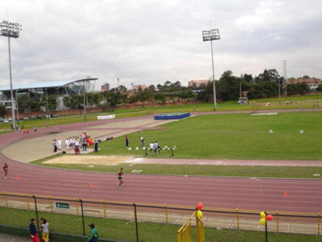 estadio de atletismo el salitre