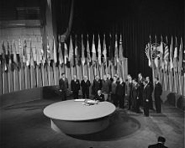 Canada joins the United Nations