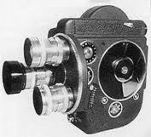 Motorized movie camera
